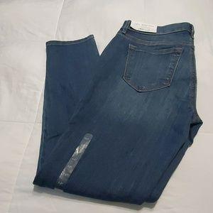 Loft (Ann Taylor) Jeans. Sz. 6P. NWT.
